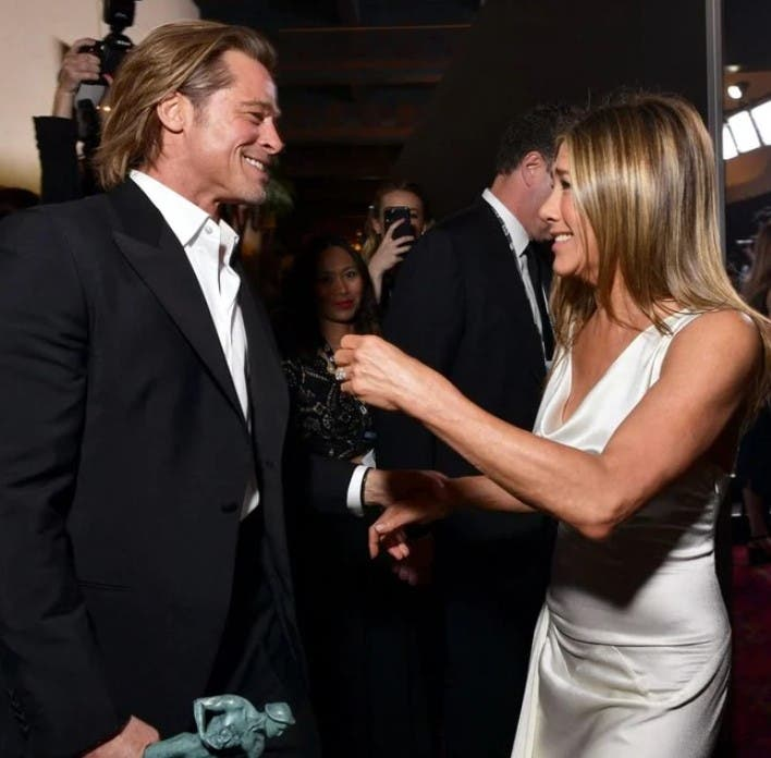 jennifer aniston and brad pitt fans went wild after she shared this 'morning after' pic | the world went crazy in 1998 when jennifer aniston and brad pitt got together. for almost a decade they were known as the golden couple.